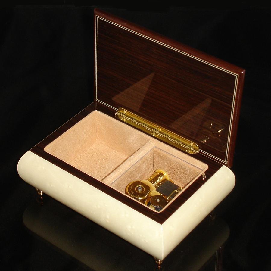 Italian-Musical-Jewelry-Box-04CF-White-opened-no-cover