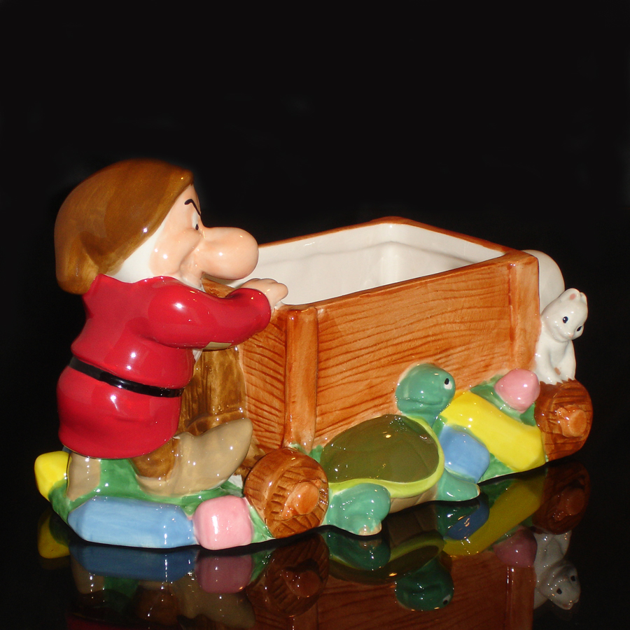 Vintage-Grumpy-Candy-Dish-Right-angle-view