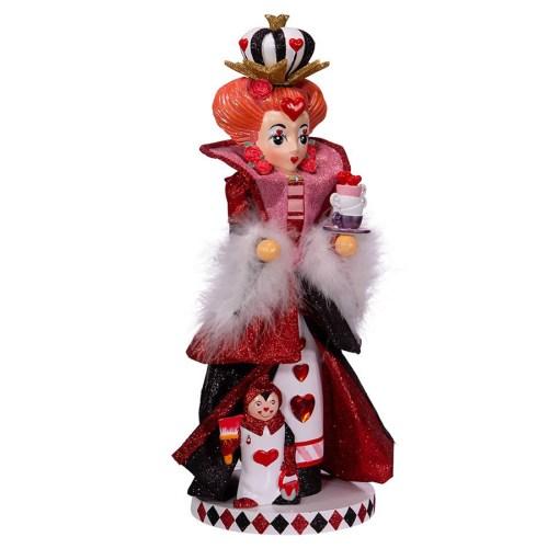Queen-of-Hearts-Nutcracker-angle-view