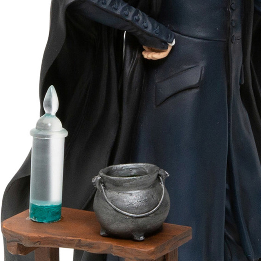 Snape-table-close-up