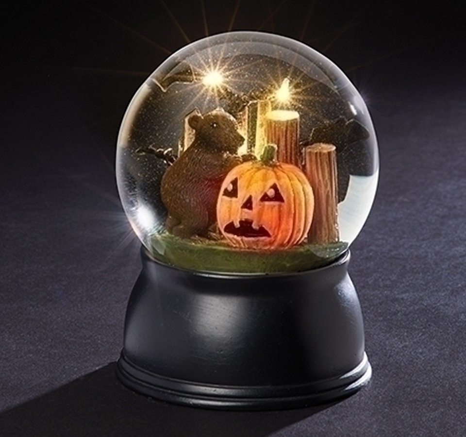 Halloween-Rat-and-Pumpkin-Snow-Globe