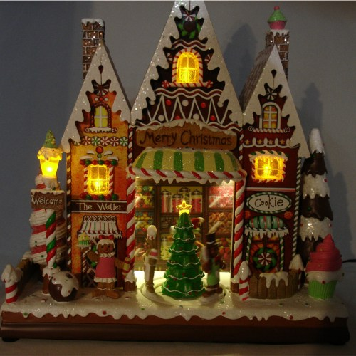 Gingerbread-Candy-House-darl-view