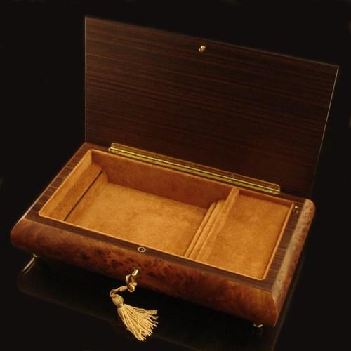 Italian-Inlaid-Jewelry-Box-Rosewood-opened