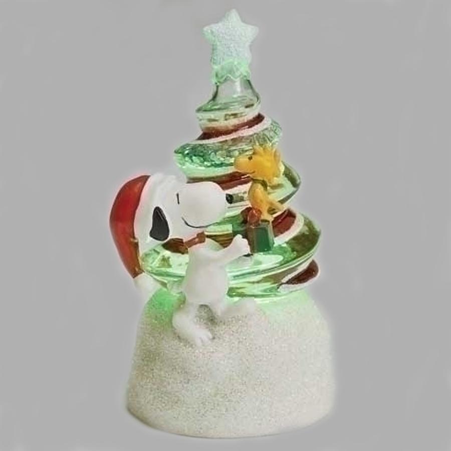 Snoopy-Swirl-Tree-Christmas