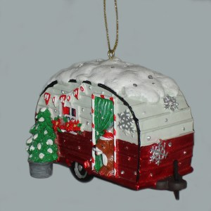 Trailer-and-Dog-Ornament-angle-view