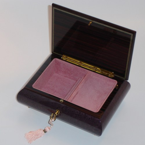 Italian-Inlay-Jewelry-Box-Daisies-open