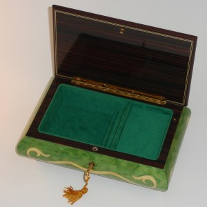 Italian-Inlay-Swans-and-Heart-Green-open
