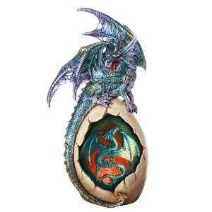 Dragon-on-Egg-lighted