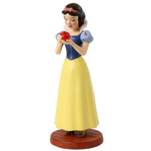 Snow-White-with-Apple-left-view