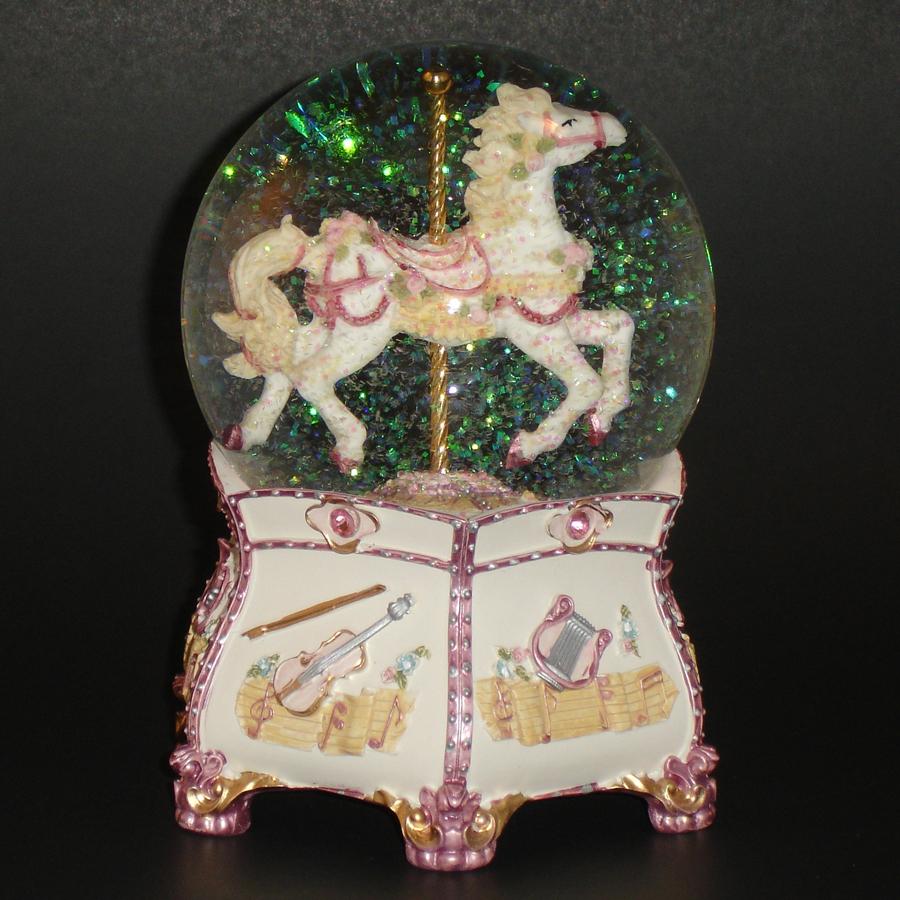 Carousel-Globe-Glitter-15005