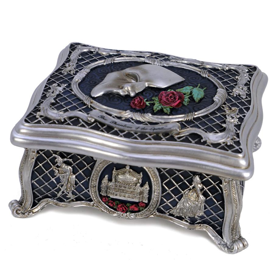Phantom-Silver-Jewelry-Box-angle-view