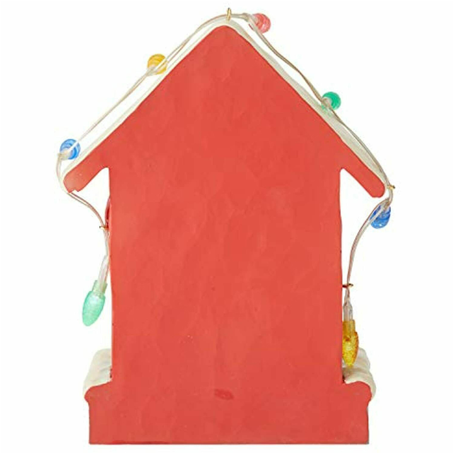 Snoopy-Dog-House-back-view