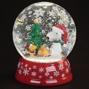 Snoopy-Woodstock-Christmas-Globe