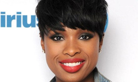 Jennifer Hudson signs with Epic Records