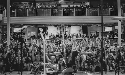 Carly Pearce launches tour with sold out Bakersfield show