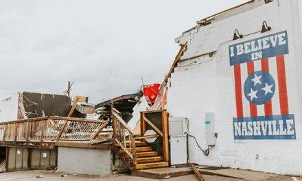 Country stars react to deadly Nashville tornado