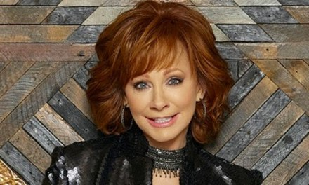 Lifetime strikes two movie deal with Reba McEntire
