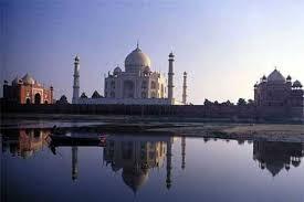 SC Says, No 'namaz' at Taj Mahal mosque by non-locals