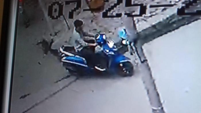 Srinagar police seeks help in identifying suspect involved in theft case