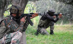 Militant killed, policeman injured in ongoing gunfight in Tral