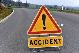 Youth dies after hit by falling tree in Pattan
