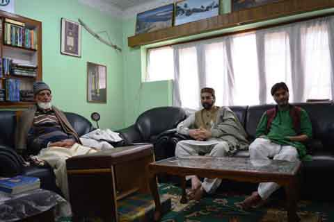 Panchayat elections: JRL calls for shutdown in poll-bound areas on Tuesday