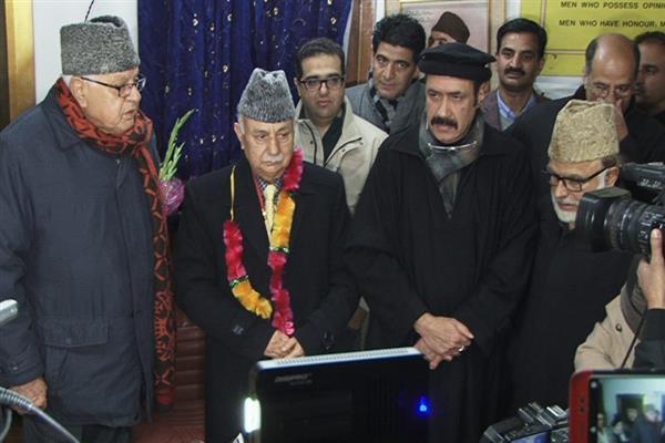 Basharat Bukhari, Peer Hussain formally join NC
