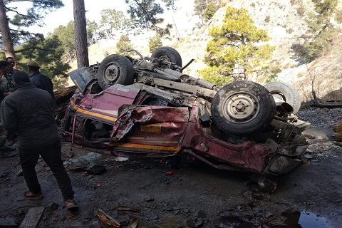 11 dead as car falls into gorge in Ramban in Jammu and Kashmir
