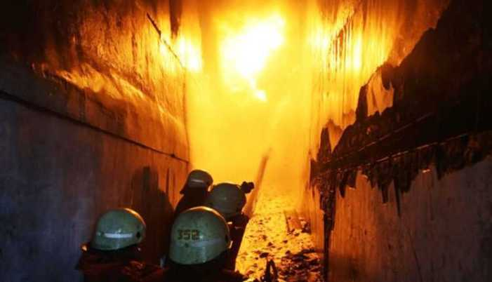 Massive fire damages four houses in Sopore