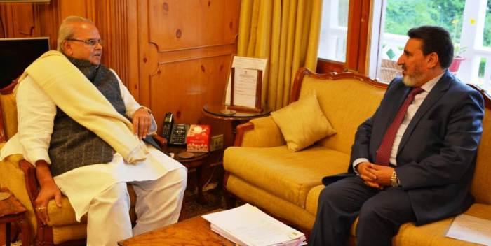 Altaf Bukhari calls on Governor