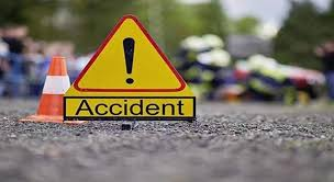 Tractor driver dies, another injured in Kangan road accident