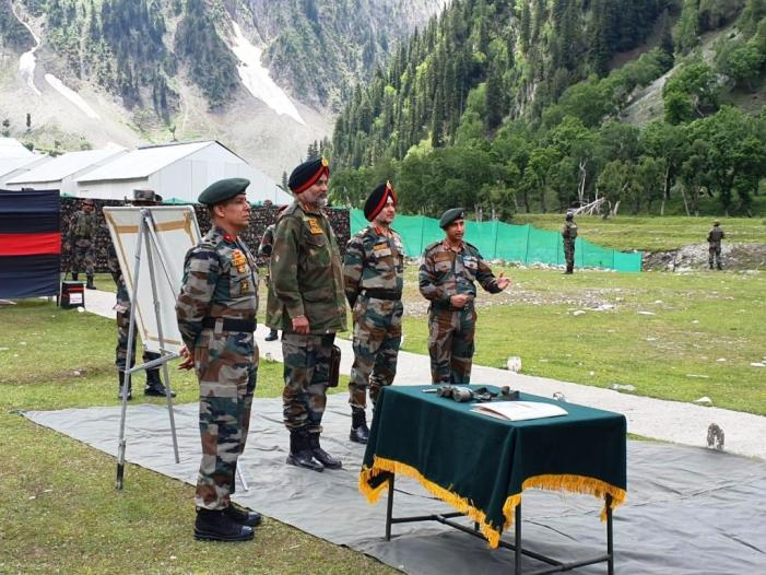 Lt Gen Ranbir singh reviews Amarnath Yatra security arrangements