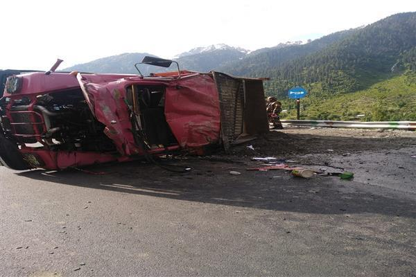 Tipper driver killed in Ganderbal road accident