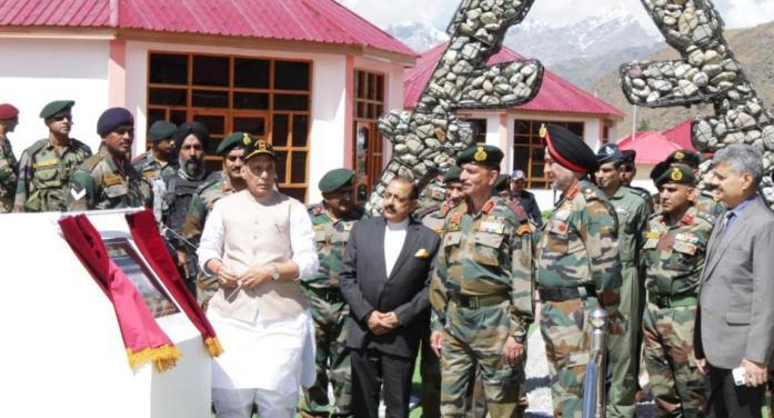 Defence Minister Rajnath Singh pays tribute at Kargil war memorial
