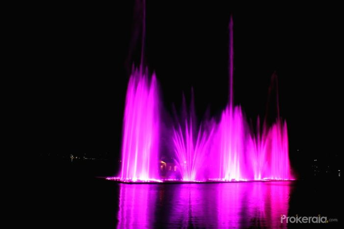 Governor launches Musical Fountain at SKICC