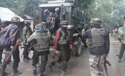 Soldier injured in exchange of fire with militants at Arwani, Kulgam