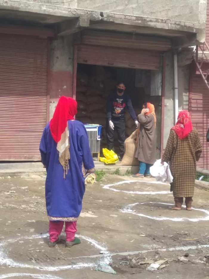 Ration distribution at Ration Ghats, doorsteps of Shopian consumers