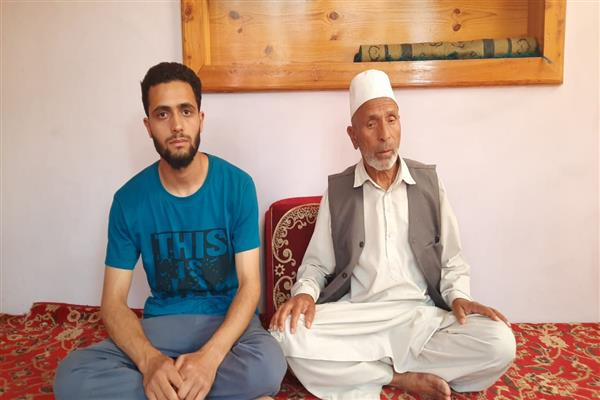 Family of Er Rashid terms silence by Abdullah's over Abrogation of Article 370, issuance of domicile certificate to non-locals' criminal