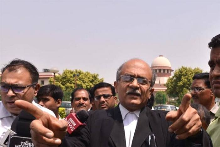 Pay Re 1 or face 3-month jail term with 3-year ban: Supreme Court to Prashant Bhushan