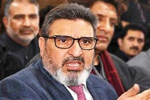 Stop eviction drive; rehabilitate Jhelum Dwellers first: Altaf Bukhari