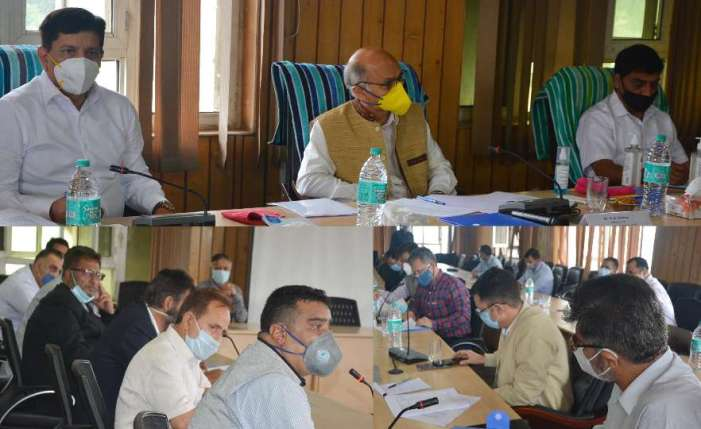Committee for business revival meets deputations, delegations of Business fraternity in Kashmir