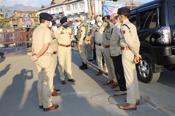 CS, DGP tours Srinagar city, review security, deployment arrangements amidst Eid festival