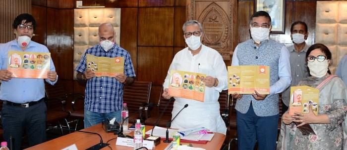 Advisor Khan calls for alternative activities under JKWDC for productive employment opportunities for women