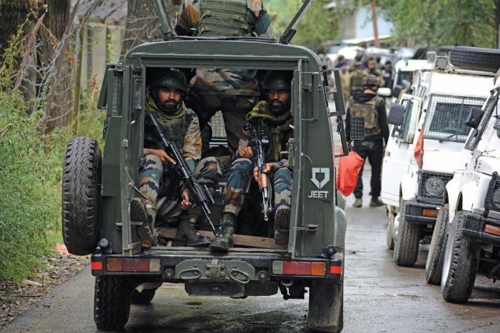 Gunfight breaks out in south Kashmir's Bijbehara
