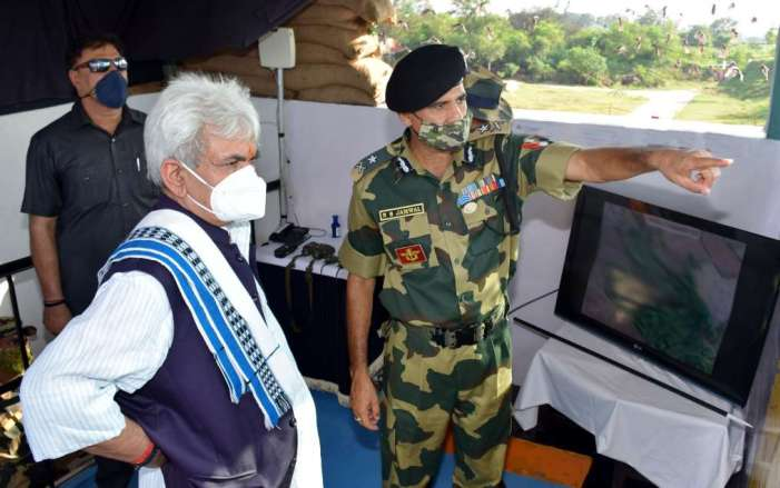 Lt Governor visits Border Outpost of BSF in Hiranagar sector