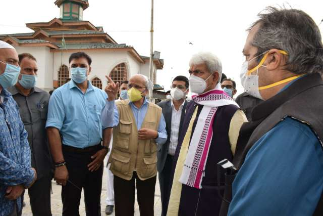 Lt Governor conducts extensive tour of Budgam