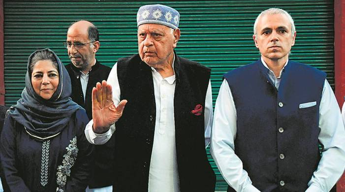 Kashmir parties work to give alliance formal shape, Farooq could be head