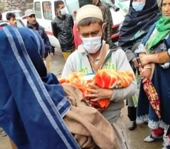 Woman delivers baby outside hospital after being denied entry in north Kashmir