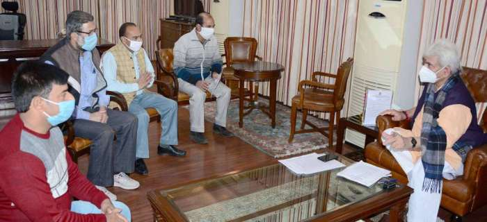Deputations of JKAS, doctors, employees union call on Lt Governor