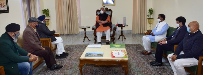A delegation of Dr. Ambedkar Chamber of Commerce calls on Lt Governor